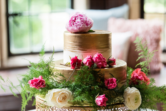 cake wedding flowers stephanie ben amaranth florist narberh pa